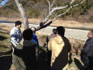 志太泉蔵の横を流れる瀬戸川