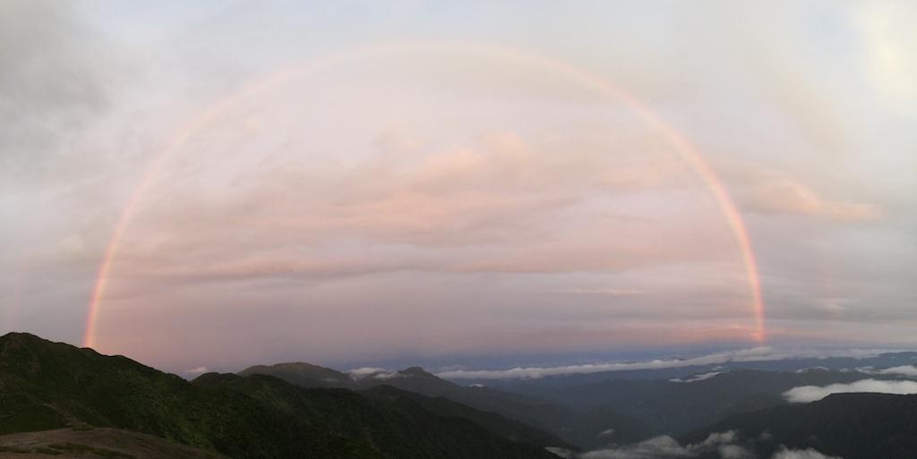 茶臼-上河内-聖稜線からの虹