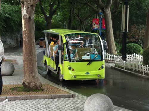 20110619_長風公園_車.jpg